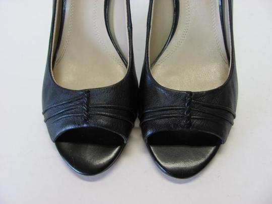 Ellen Tracy Very Good Condition Size 8.50m Leather black Pumps Image 3