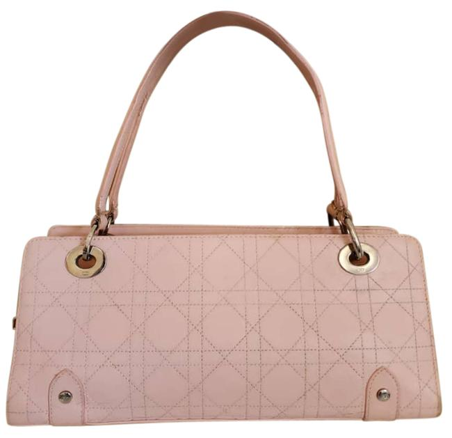 Item - Lady Christian Cannage East/West Shopper Pink Patent Leather Satchel