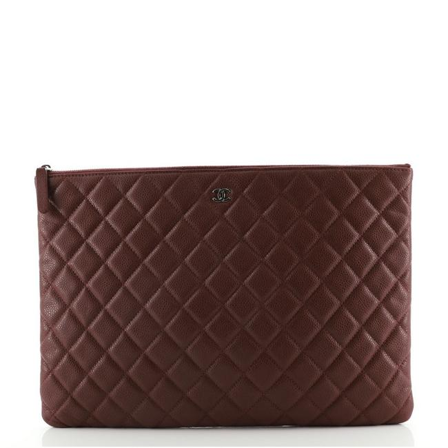 Item - Case Quilted Caviar Medium Red Leather Clutch