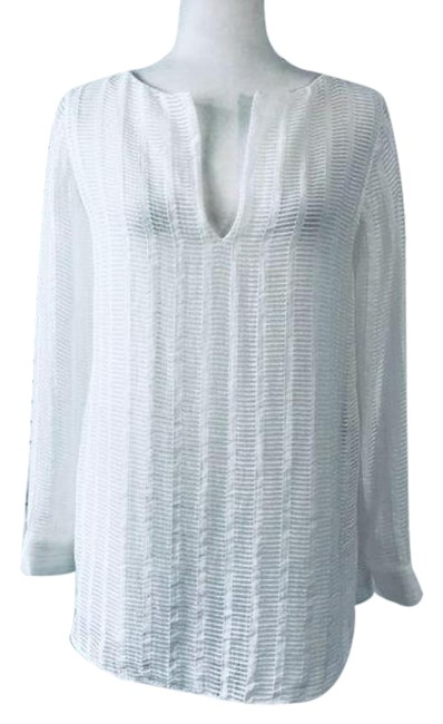 Item - White V-neck Blouse Size 4 (S)