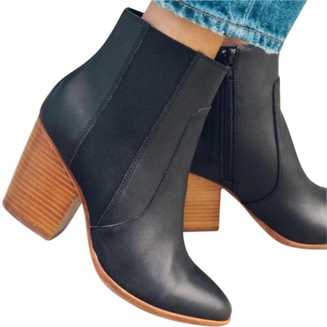 Item - Black Leather Emma In Boots/Booties Size US 9 Regular (M, B)