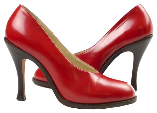 Preload https://item1.tradesy.com/images/dries-van-noten-red-leather-pumps-size-us-65-regular-m-b-2907220-0-0.jpg?width=440&height=440