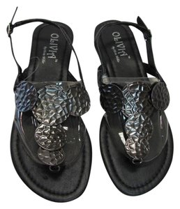 Olivia Miller Excellent Condition black, gunmetal Sandals