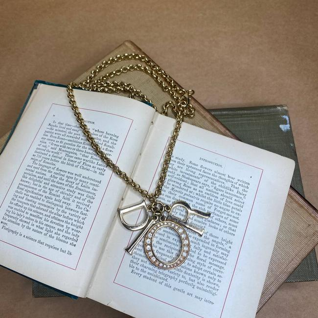 Item - Gold Vintage Spellout Rhinestone Chain Logo Necklace