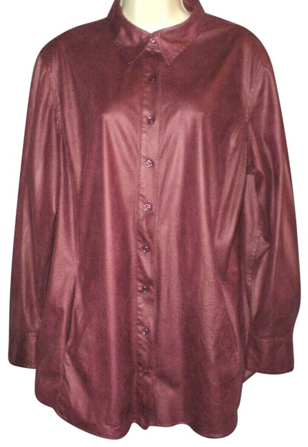 Item - Burgundy Reptile Print Front Buttoned Long Sleeves Front Pockets Button-down Top Size 16 (XL, Plus 0x)