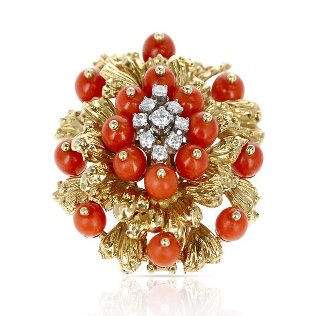 Item - Coral Diamonds and 18 Karat Gold Brooch and Pendant