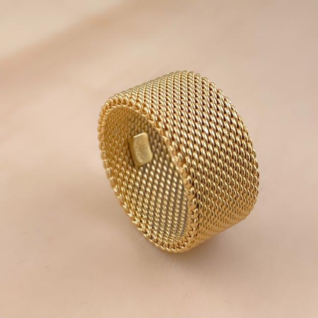 Tiffany & Co. Yellow Gold 18kt 10 Mm Somerset Mesh Wide Ring Women's Wedding Band Tiffany & Co. Yellow Gold 18kt 10 Mm Somerset Mesh Wide Ring Women's Wedding Band Image 9