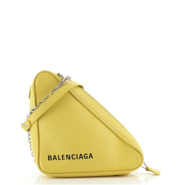 Item - Triangle Chain Small Yellow Leather Cross Body Bag