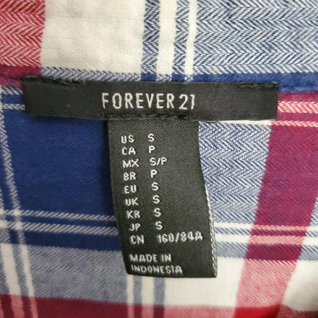 Forever 21 Blue Flannel Collared Button-down Top Size 6 (S) Forever 21 Blue Flannel Collared Button-down Top Size 6 (S) Image 2