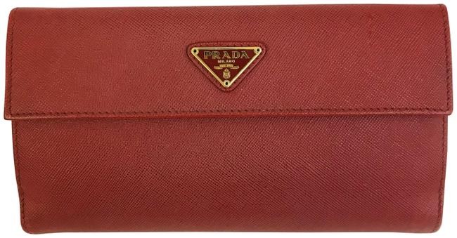 Item - Red Saffiano Triangle Continental Flap Wallet