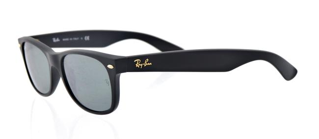 Item - Matte Black and Gold Rb2132 601-s/40 52mm At Collection New Wayfarer Sunglasses
