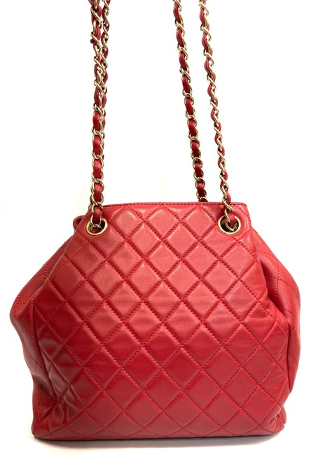 Chanel Chain Bucket Quilted Red Lambskin Leather Cross Body Bag Chanel Chain Bucket Quilted Red Lambskin Leather Cross Body Bag Image 3