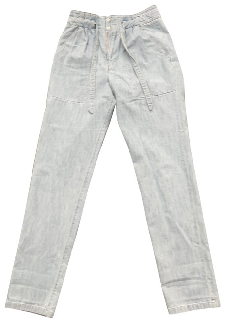 Item - Light Blue Wash . Relaxed Fit Jeans Size 2 (XS, 26)