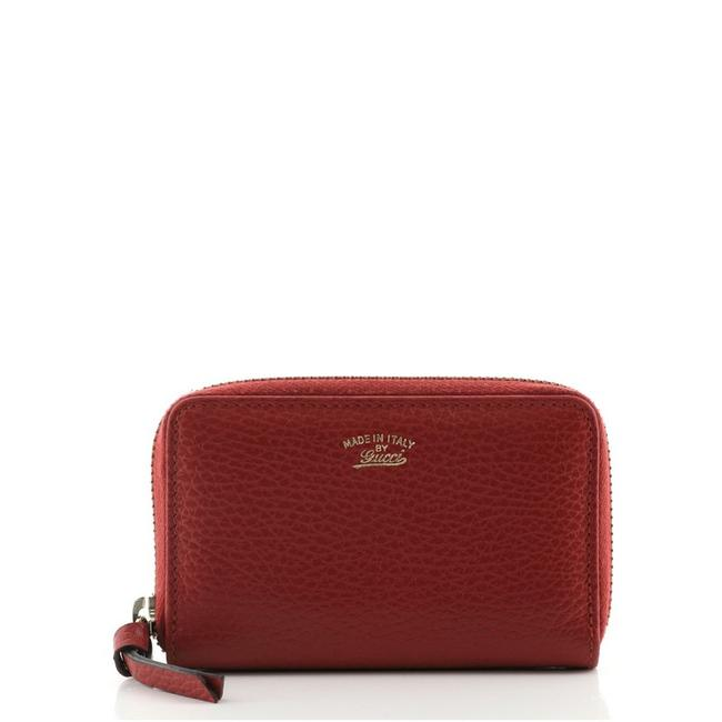 Item - Swing Zip Coin Purse Red Leather Clutch