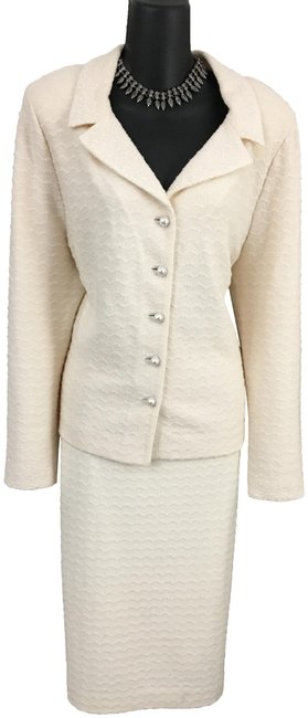 Item - Ivory Couture Knit White Pearl Rhinestones Skirt Suit Size 14 (L)