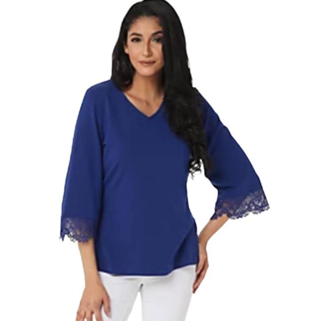Item - Blue XS V-neckline 3/4 Bell Sleeve with Lace Detail Tunic Size 2 (XS)