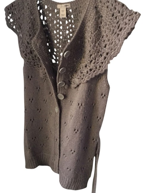 Preload https://img-static.tradesy.com/item/2909059/h-and-m-brown-knitt-victorian-cotton-blend-sleeveless-with-peep-holes-cardigan-size-8-m-0-0-650-650.jpg