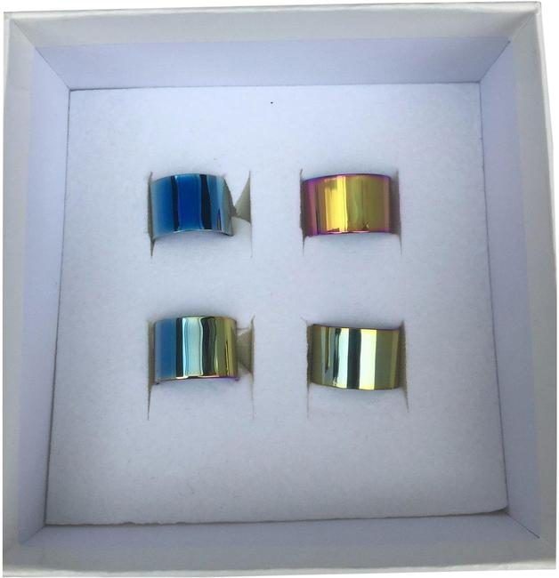 Item - Iridescent/Gold Tone/Brass 4 Knuckle Duster Size) Ring