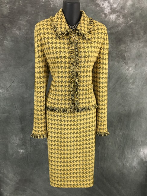 Item - Yellow Black Collection Knit Fringe Skirt Suit Size 8 (M)