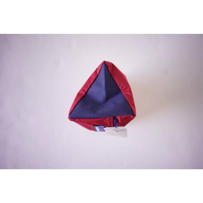 Patagonia Upcycle Standing Pouch Red Weekend/Travel Bag Patagonia Upcycle Standing Pouch Red Weekend/Travel Bag Image 4