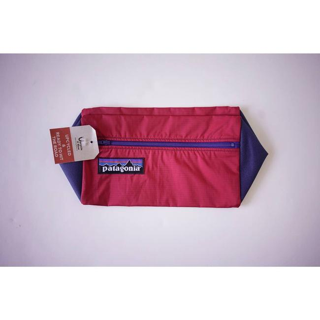 Patagonia Upcycle Standing Pouch Red Weekend/Travel Bag Patagonia Upcycle Standing Pouch Red Weekend/Travel Bag Image 5