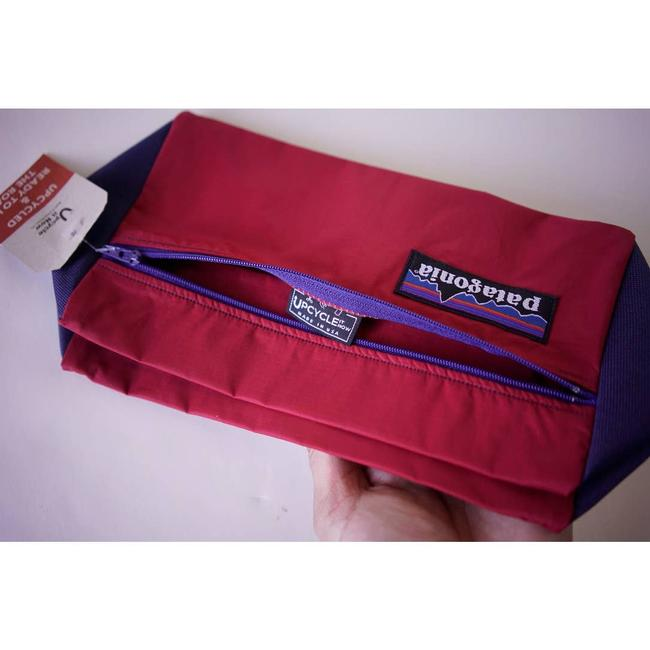 Patagonia Upcycle Standing Pouch Red Weekend/Travel Bag Patagonia Upcycle Standing Pouch Red Weekend/Travel Bag Image 6