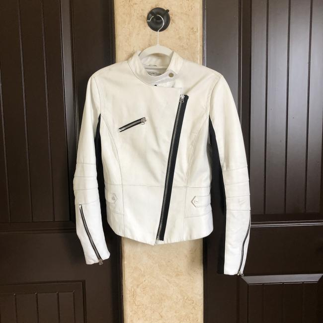 Item - White Limited Edition Women's with Moto Styling Jacket Size 8 (M)