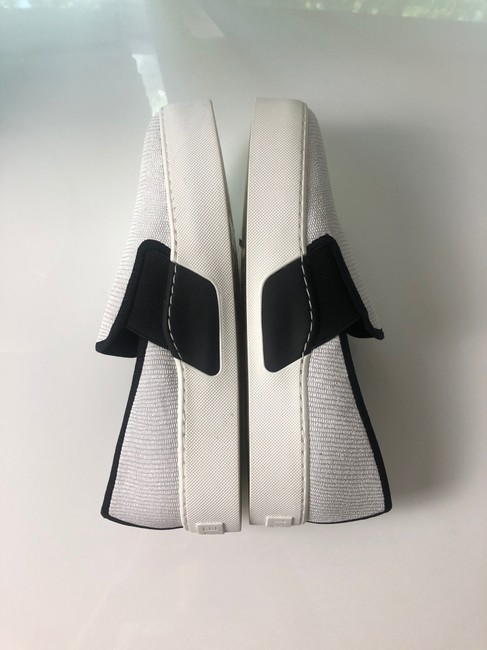 1.STATE White New and Black Slip On Leather Sneakers Size EU 37 (Approx. US 7) Regular (M, B) 1.STATE White New and Black Slip On Leather Sneakers Size EU 37 (Approx. US 7) Regular (M, B) Image 3