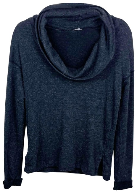 Item - Long Sleeve Relax Funnel Neck Gray Sweater