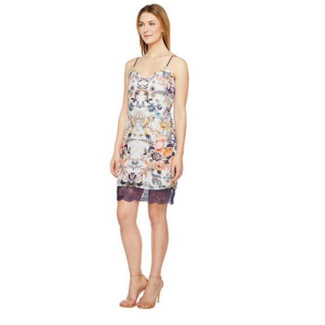 Item - Printed Slip Small Short Casual Dress Size 4 (S)