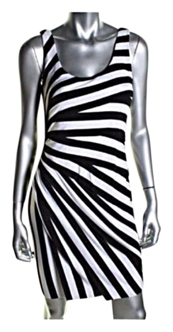 Black And White Maxi Dress by Bailey 44 Image 2