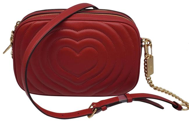 Item - Camera Puffy Heart Quilting Jes 1941 Red Leather Cross Body Bag