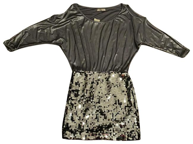 Item - Silver Shiny Sequence Short Night Out Dress Size 4 (S)
