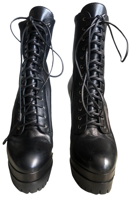 Item - Black Laced Boots/Booties Size US 6 Regular (M, B)