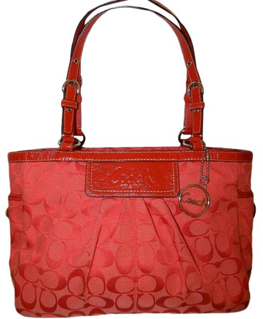Item - Euc Red Pleated Ew Gallery Shoulder Cherry Red-silver Jacquard-leather Tote