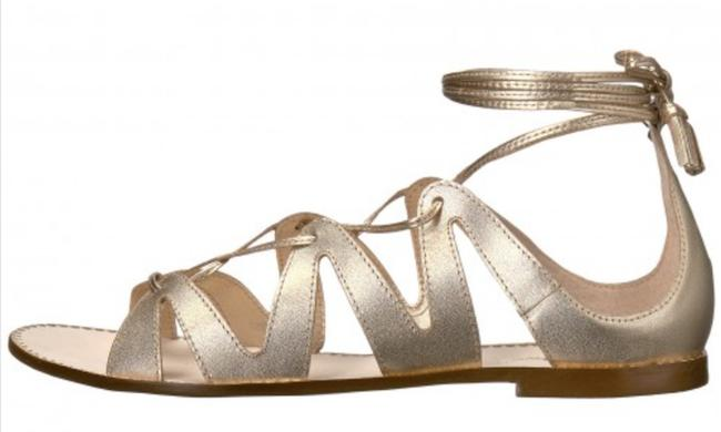 Item - Gold Fit To Be Tied Sandals Size US 6 Regular (M, B)