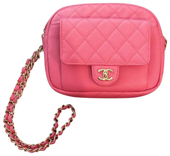 Item - Camera Case Caviar Quilted Cc Day Ghw Pink Leather Cross Body Bag