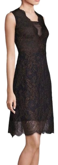 Item - Metallic Lace Mid-length Cocktail Dress Size 6 (S)