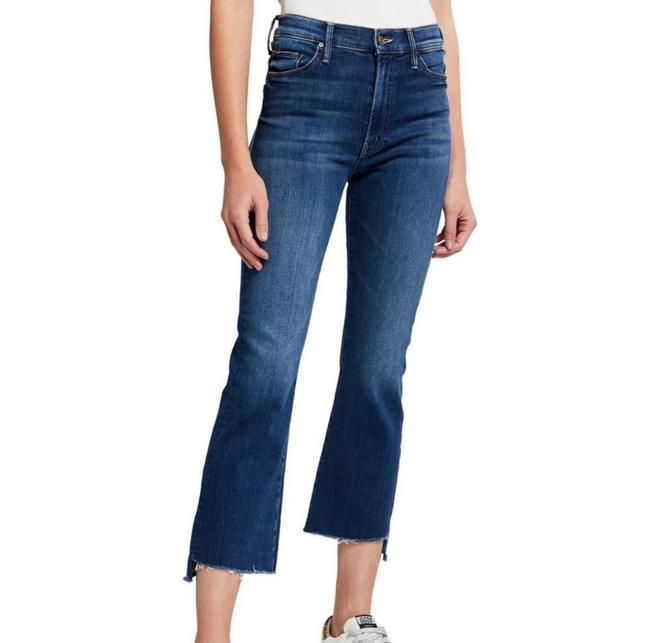 Item - The Streets Are Talking Dark Rinse Insider Crop Step Fray Flare Leg Jeans Size 00 (XXS, 24)
