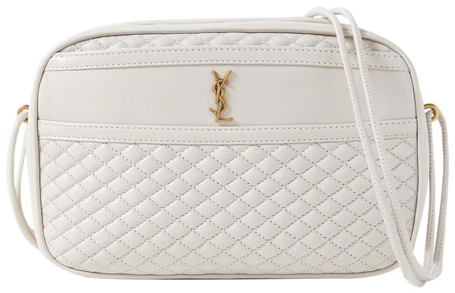 Item - Victoire Off-white Quilted Leather Shoulder Bag