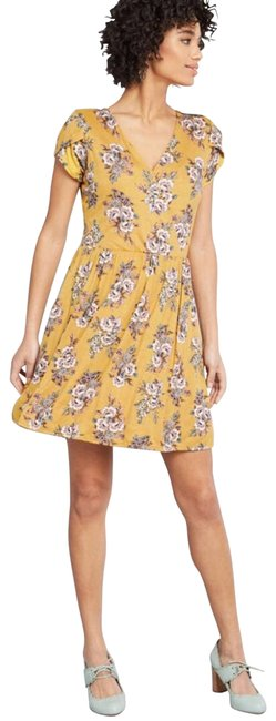 Item - Yellow Mustard Floral Full Blown Bliss Short Casual Dress Size 0 (XS)