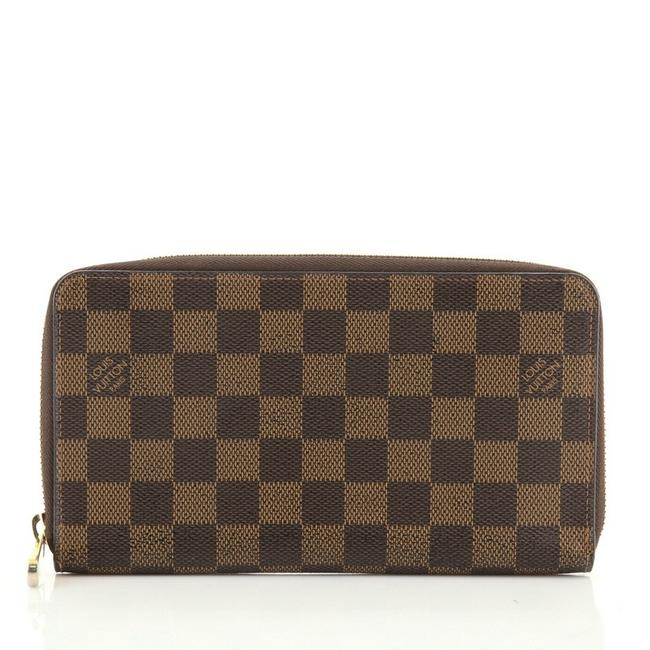 Item - Brown Zippy Organizer Damier Wallet