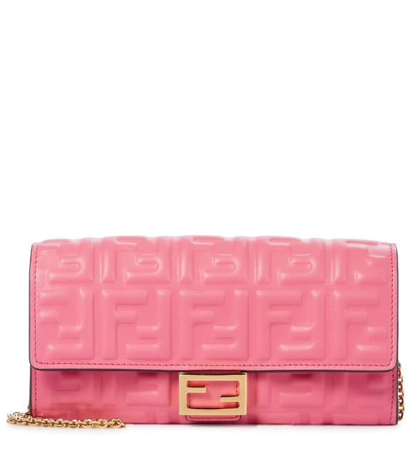 Item - Wallet on Chain Double Ff Baguette Continental Pink Leather Shoulder Bag
