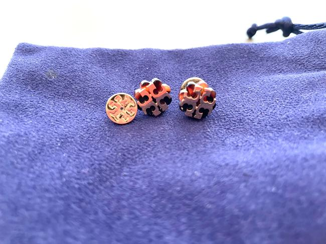 Item - Gold Stud Kira Tortoise Logo Earrings
