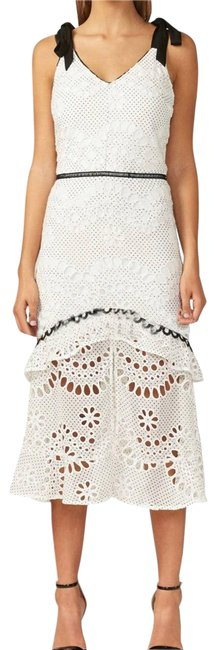 Item - White May Embroidered Midi Mid-length Cocktail Dress Size 2 (XS)