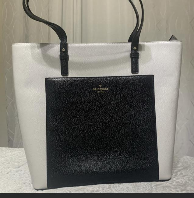 Item - Grand Street Sadie Stone Black /Ice Grey Tote