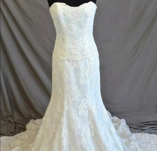 Monique Lhuillier Lace Sweetheart Sleeveless Lace Embroidered Embellished Fitted Empire Waist Flare Swarvoski Formal Wedding Dress Size 8 (M) Monique Lhuillier Lace Sweetheart Sleeveless Lace Embroidered Embellished Fitted Empire Waist Flare Swarvoski Formal Wedding Dress Size 8 (M) Image 2