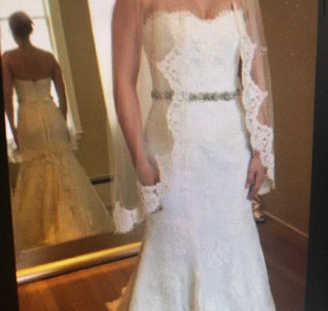 Monique Lhuillier Lace Sweetheart Sleeveless Lace Embroidered Embellished Fitted Empire Waist Flare Swarvoski Formal Wedding Dress Size 8 (M) Monique Lhuillier Lace Sweetheart Sleeveless Lace Embroidered Embellished Fitted Empire Waist Flare Swarvoski Formal Wedding Dress Size 8 (M) Image 3