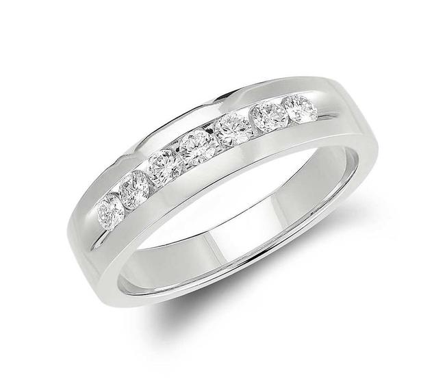 Item - 14k White Gold 0.50 Round Cut Channel Set Ring In Men's Wedding Band