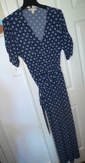 Item - Dark Blue and White Ca: 45885 Pant Suit Size 24 (Plus 2x)